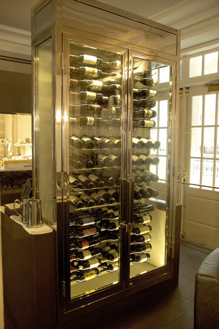 wine cabinet wine racks wine cellars by grotto. Black Bedroom Furniture Sets. Home Design Ideas